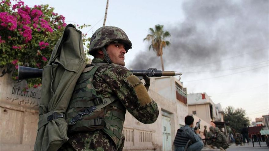 Mueren 10 niños y 2 soldados de la OTAN en un atentado en el este afgano