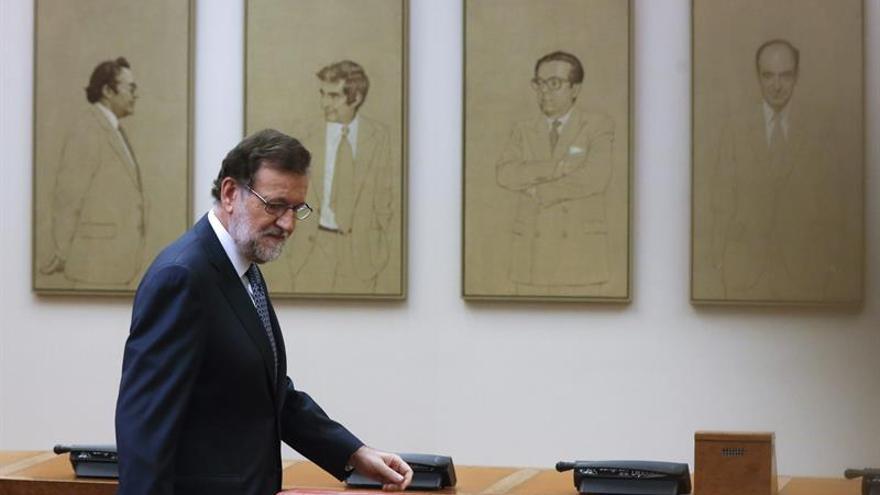 Los problemas internos del PP y el PSOE lastran la negociación de un Gobierno