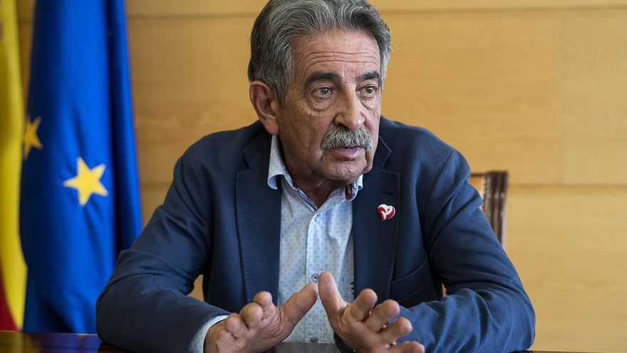 El presidente de Cantabria, Miguel Ángel Revilla.   JOAQUÍN GÓMEZ SASTRE