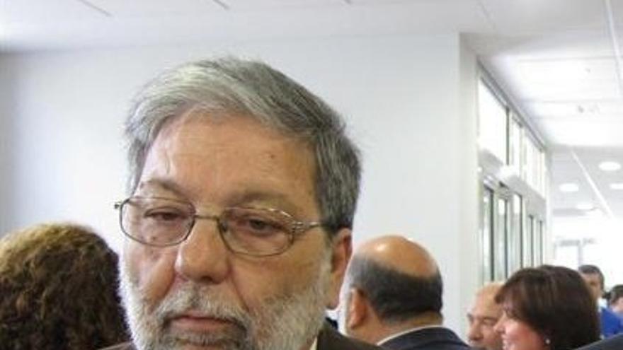 """Toscano critica el """"golpe encubierto"""" de Susana Díaz a Sánchez y lamenta la """"locura orquestada"""""""