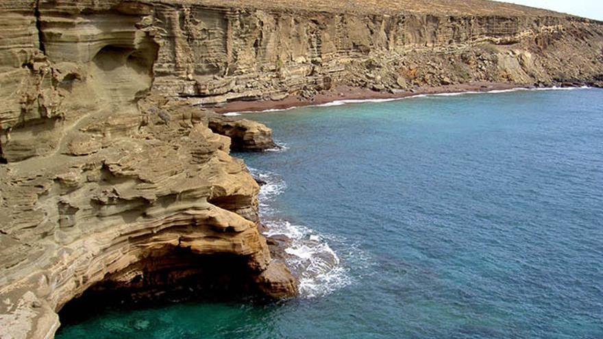Playa del Veril, en Alegranza. (Foto: Luis Miguel Coloma (islaflipica.blogspot.com).