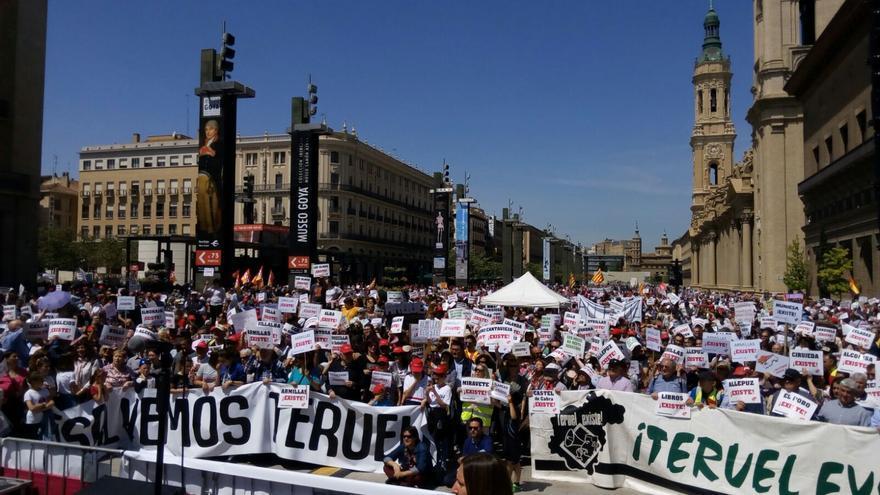 La manifestación ha finalizado en la plaza del Pilar de Zaragoza