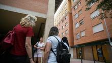 Edificio donde vivía el presunto parricida con sus hijas