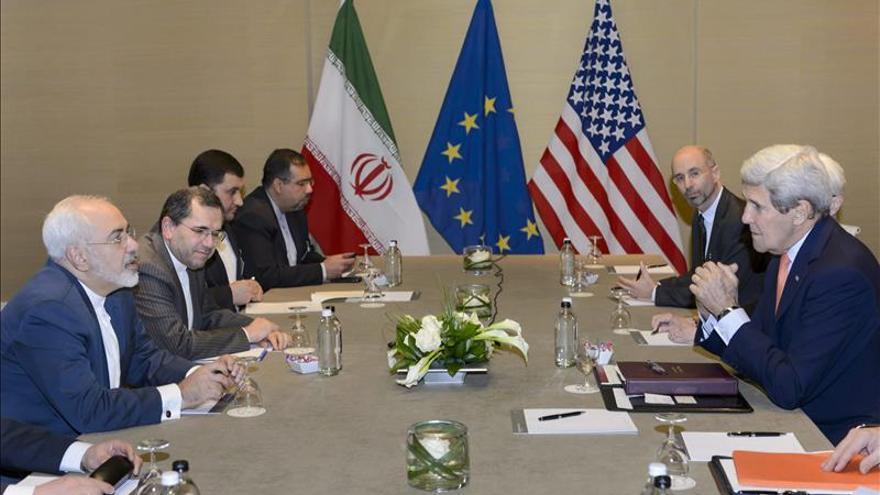 Kerry y Zarif se reúnen a un mes de que expire el plazo para alcanzar acuerdo