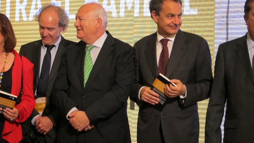 Zapatero y Moratinos continuarán su viaje por América Latina y se verán con Evo Morales en Bolivia