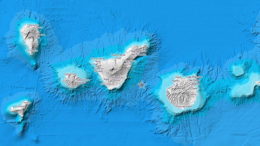Mapa del seísmo localizado entre Tenerife y Gran Canaria