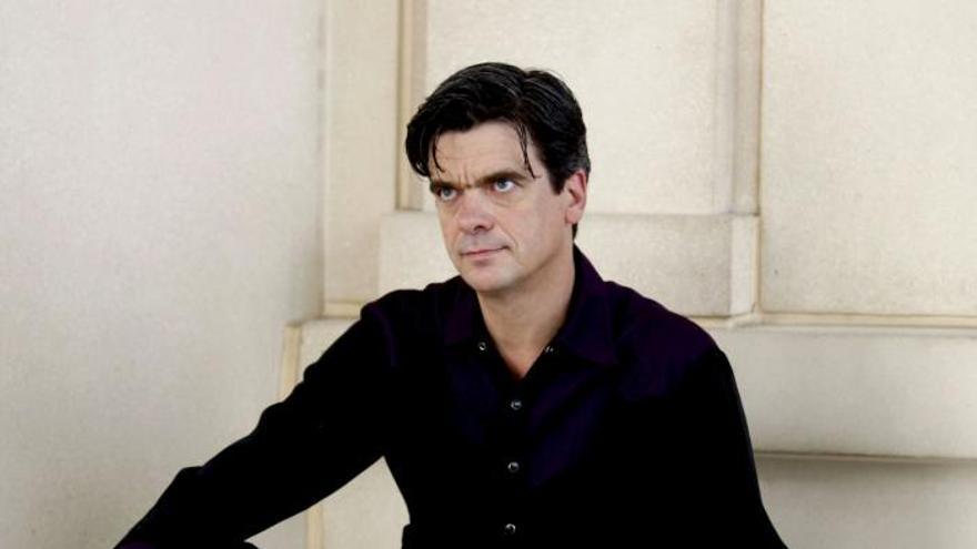 "El bailarín Philippe Decouflé trae a Madrid su ""colorista"" ""Panorama"""