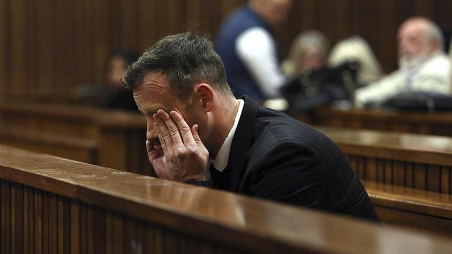 La Fiscalía reclama que se eleve a 15 años de prisión la condena a Pistorius