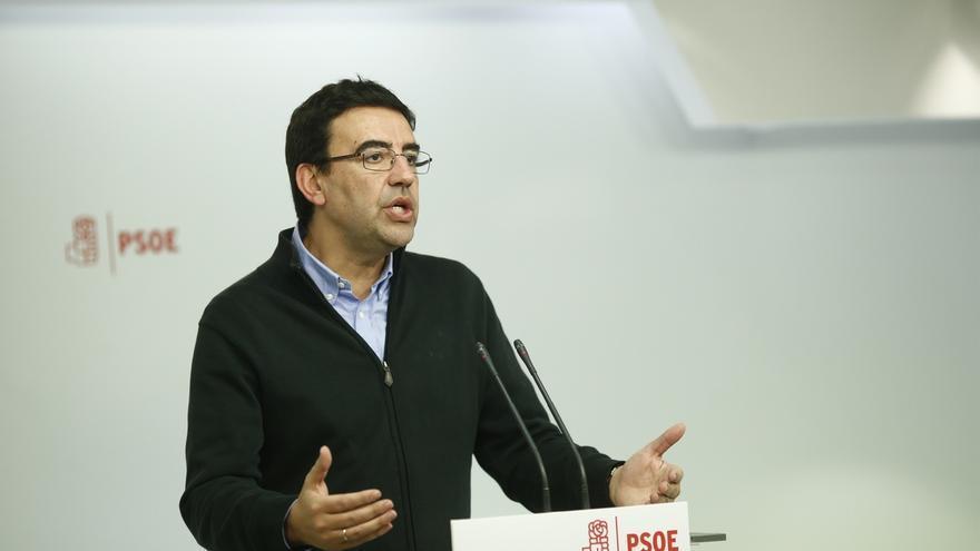 """Jiménez dice que Rajoy no tiene """"ninguna"""" capacidad de presionar al PSOE y que éste estará listo cuando haya elecciones"""