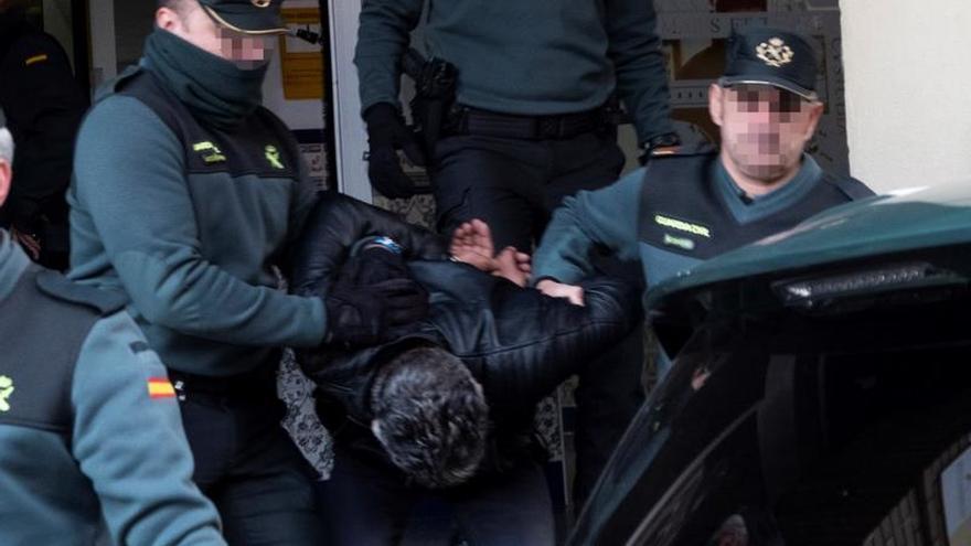 El asesino confeso de Laura Luelmo abandona la Comandancia de Huelva