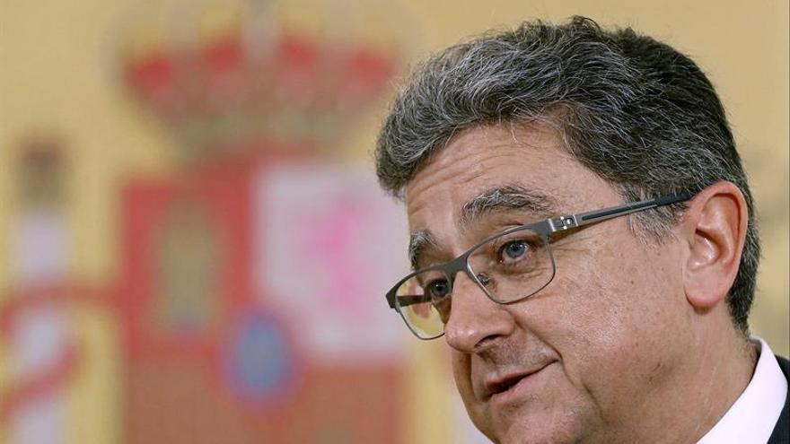 """Millo insta a Puigdemont a pedir el """"cambio constitucional"""" en el Congreso"""