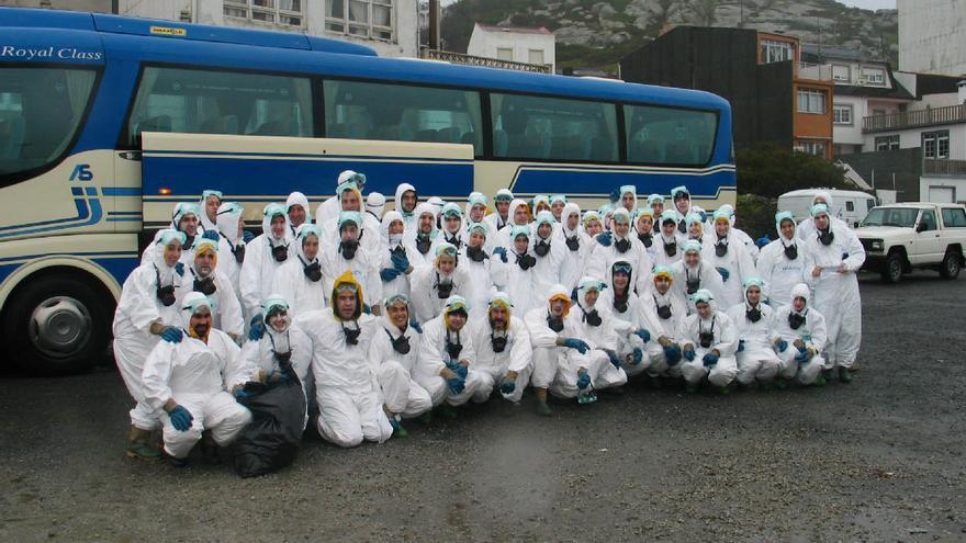 Voluntarios vascos en Muxía