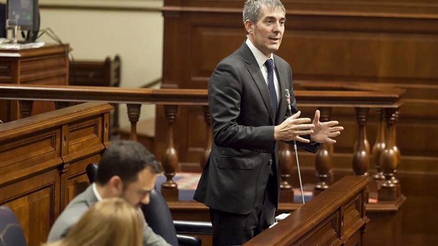 Se rompe el pacto de Gobierno en Canarias y cesan los cuatro consejeros del PSOE