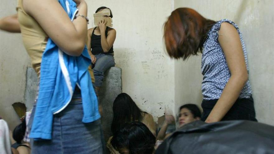 Mujeres víctimas de trata, en una operación en Guatemala