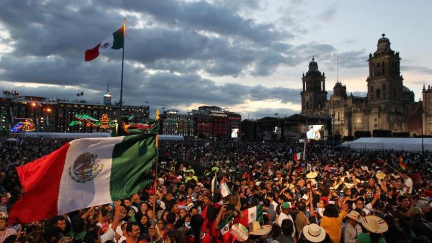 López Obrador da su primer Grito de Independencia como presidente de México
