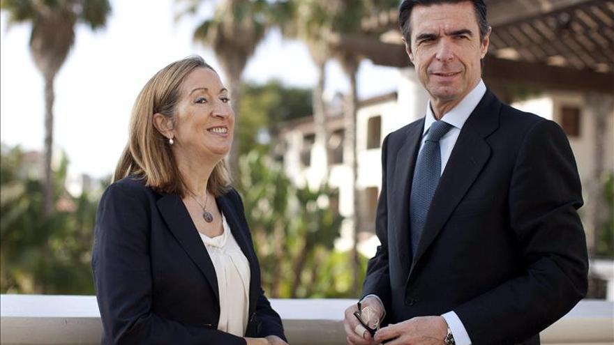 Pemex confirma al ministro Soria su compromiso con los astilleros gallegos
