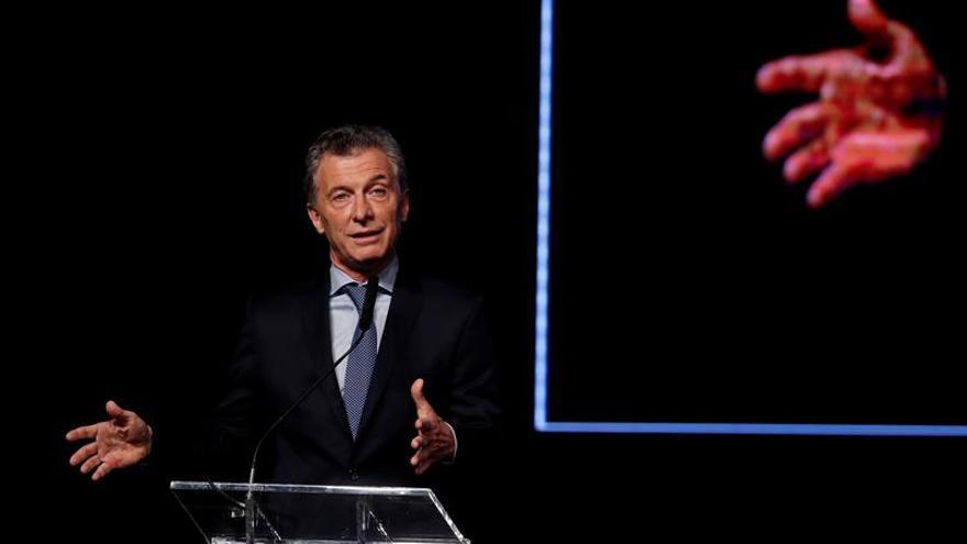 Mauricio Macri llega a Lima para participar en la VIII Cumbre de las Américas