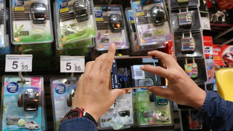 La aplicación facilita al instante el precio del producto que queremos comprar en diferentes establecimientos. / Onyougo.