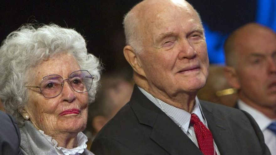 Entierran a John Glenn, el primer estadounidense en orbitar la Tierra