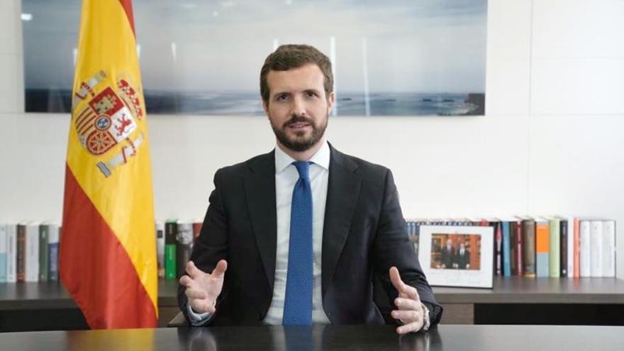 Casado, este lunes, durante la declaración institucional en la que transmitió a Sánchez el apoyo del PP para tomar medidas frente al coronavirus.