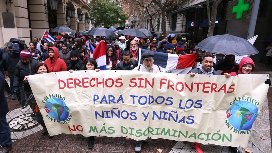 """L a ONU insta a Chile a suspender """"de inmediato"""" expulsiones de migrantes"""