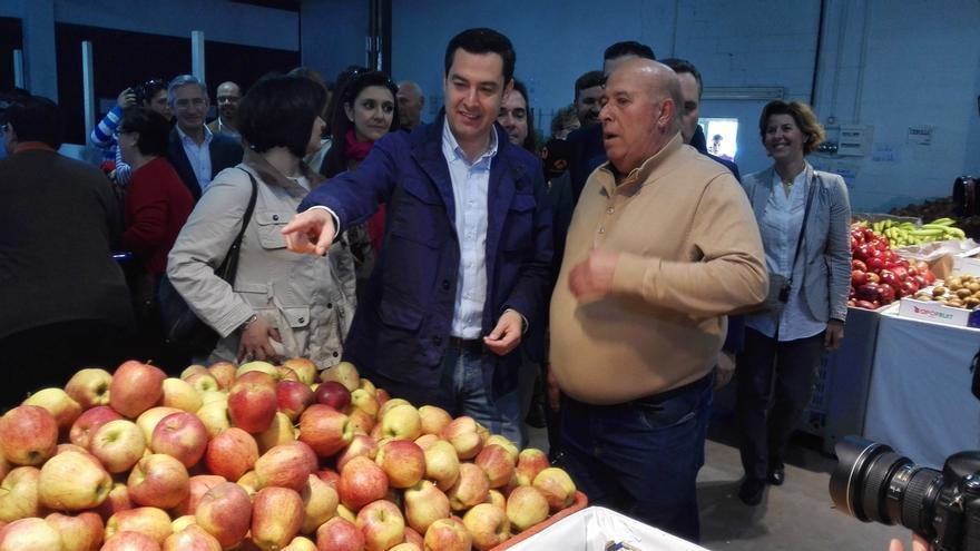 """Moreno promete un plan urgente para pagar las """"deudas"""" de la Junta con agricultores y ganaderos"""