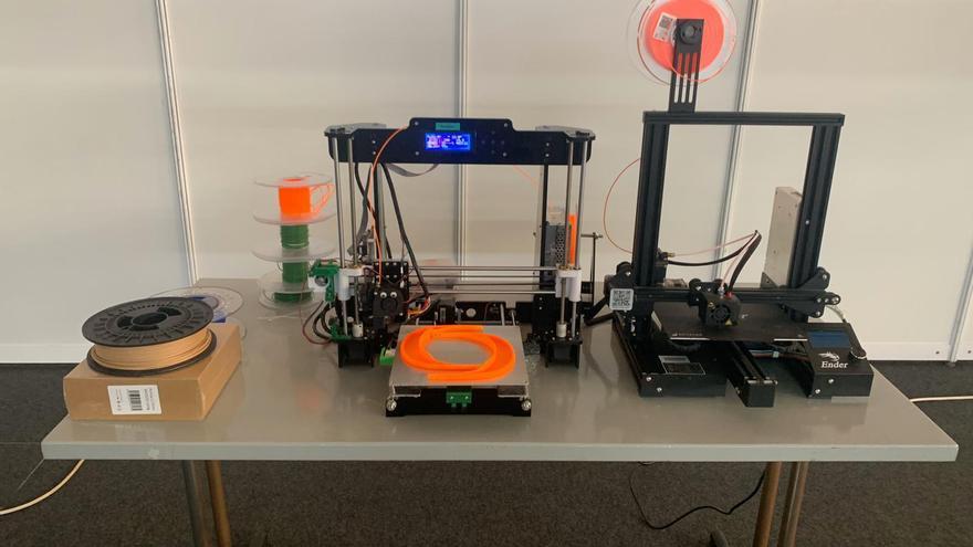 Producción de viseras con impresoras 3D