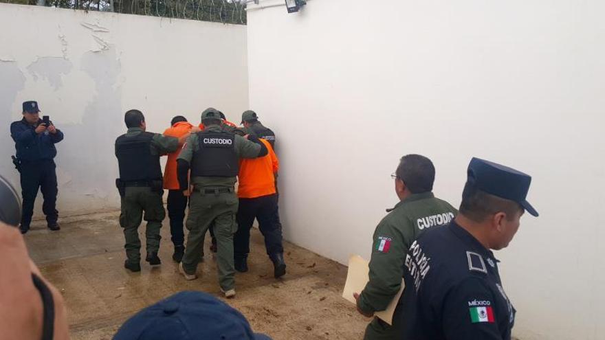 """Defensores de derechos humanos combatirán """"contrarreforma"""" judicial en México"""