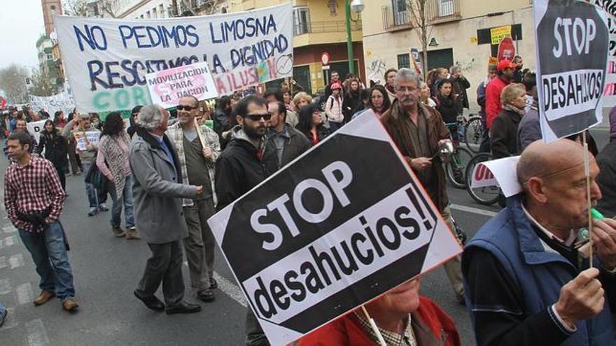 Los desahucios en Canarias dejan a más de 10 familias fuera de sus hogares.