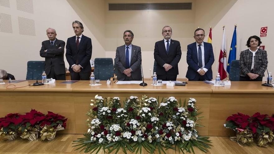 """De la Serna subraya el """"decisivo papel"""" de la ingeniería en el """"desarrollo integral de España"""