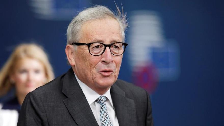 Juncker: es un error histórico no empezar adhesión con Macedonia y Albania