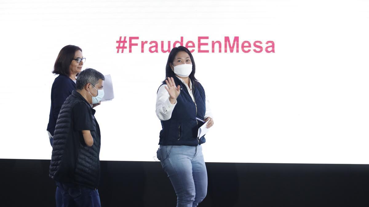 Keiko Fujimori durante un acto celebrado el 7 de junio en el que denunció un supuesto fraude electoral.