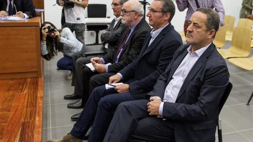 De derecha a izquierda, Agapito Iglesias, Ricardo García Becerril, Carlos Escó y Miguel Ángel Fernández