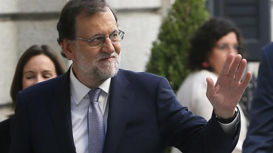 """Rajoy no dará un paso atrás ni renunciará a la investidura por """"una razón puramente democrática"""""""