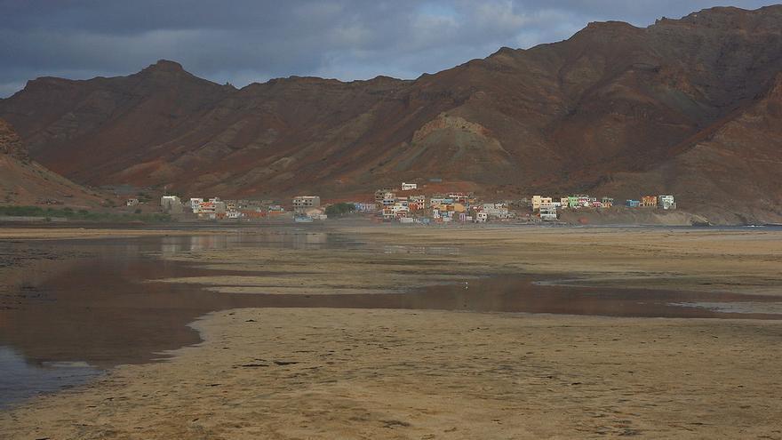 Playas de la Bahia da Gata, una de las mejores de la isla de Sao Vicente. imke.sta