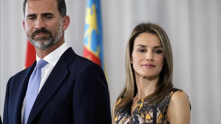 Los Príncipes de Asturias, en Oviedo para la entrega mañana de los premios
