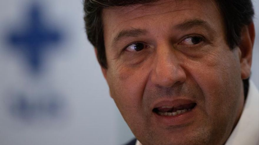 En la imagen, el ministro de Salud de Brasil, Luiz Henrique Mandetta.