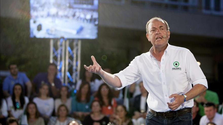 Monago (PP) dice que quien no vota está en su derecho, pero que luego no se queje