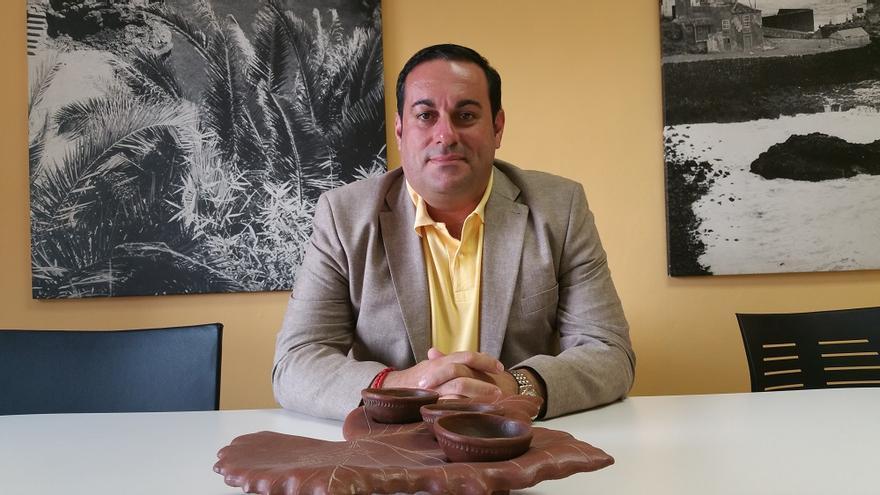 Basilio Pérez apuesta por el autoconsumo de productos locales. Foto: LUZ RODRÍGUEZ.