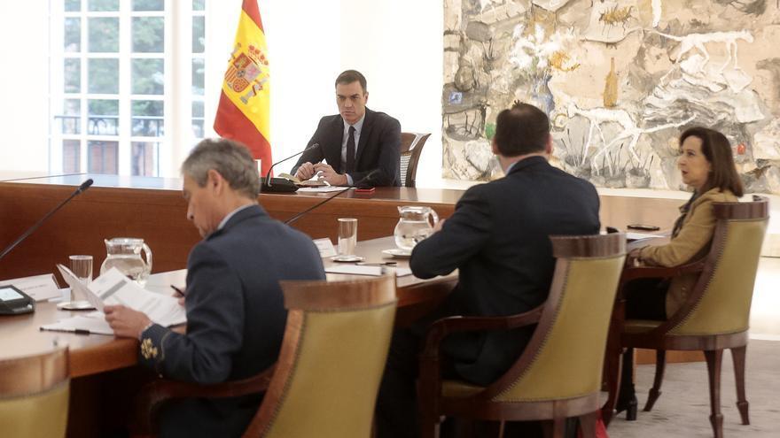 El presidente del Gobierno, Pedro Sánchez, preside la reunión para tratar la crisis del coronavirus en La Moncloa, Madrid (España), a 17 de marzo de 2020. / Europa Press