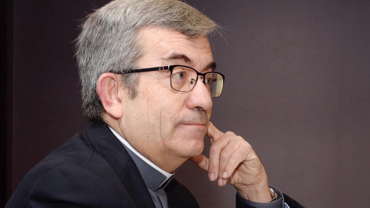 El obispo auxiliar de Valladolid y secretario general de la Confederación Episcopal Española, Luis Argüello. EFE/ Nacho Gallego/Archivo
