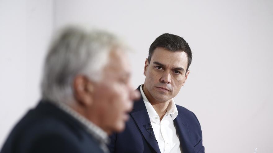 """Pedro Sánchez dice que es """"evidente"""" que Podemos ha asesorado al Gobierno de Maduro"""