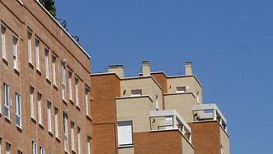 S&P dice que el ajuste en la vivienda continuará otro año