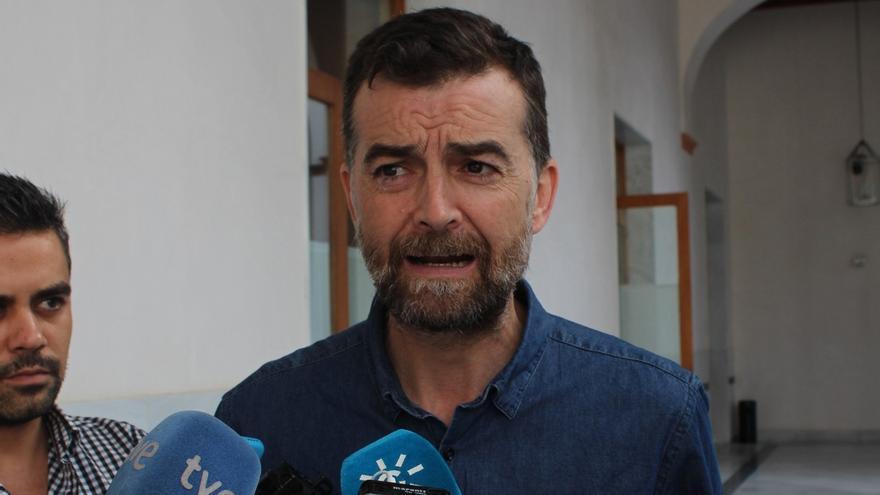 """Maíllo (IU): Al PSOE se le ha caído """"la careta"""" y en unos meses pactará los PGE """"aunque aún no se atrevan a decirlo"""""""