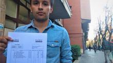 Un joven colombiano denuncia una factura de 4.630 euros del Hospital Clínic por una operación en Urgencias