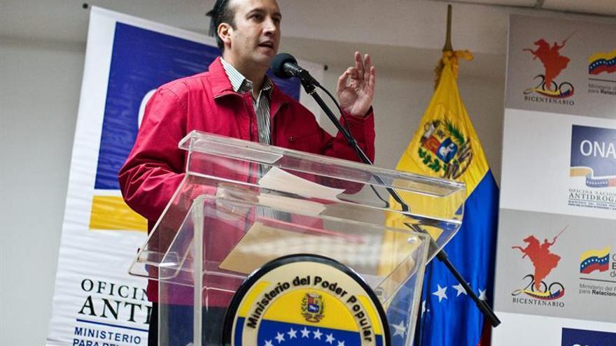 """Gobernador chavista dice que Capriles es una """"amenaza"""" para el diálogo en Venezuela"""
