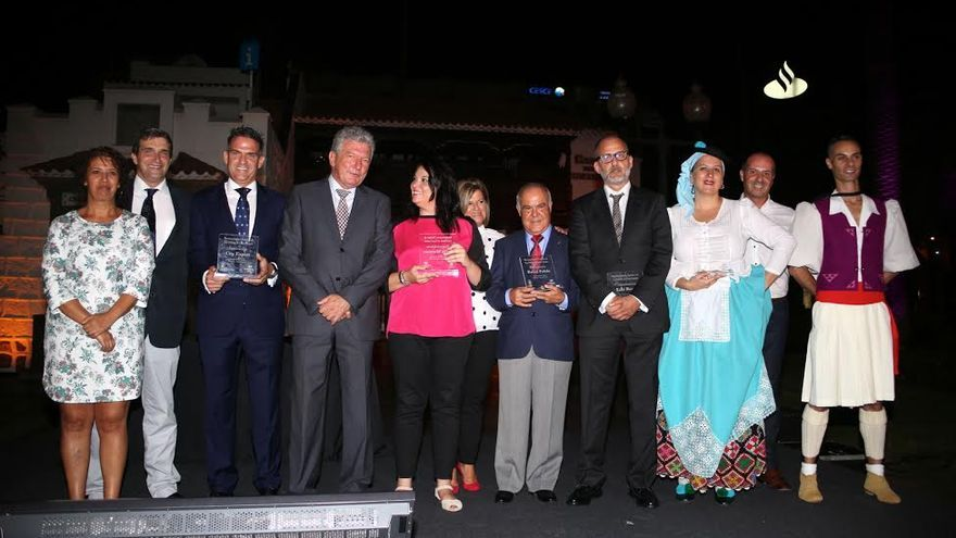 Acto de entrega de los Reconocimientos Turísticos de LPGC 2015. (ALEJANDRO RAMOS)