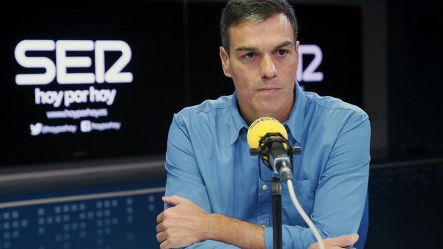 El secretario general del PSOE, Pedro Sánchez, durante la entrevista en Cadena Ser.