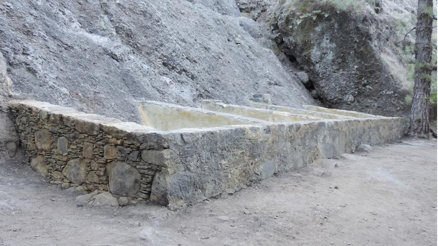 Los lavaderos de la Fuente del Pino (barranco del Riachuelo. El Paso) rehabilitados y recuperados (Foto: Jorge Pais)