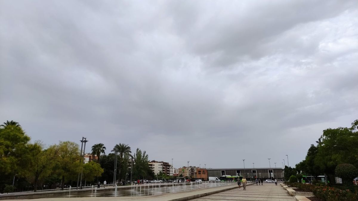 Nubosidad de este lunes que ha provocado que la mínima sea tan alta